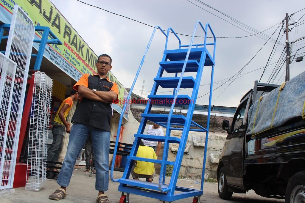 TANGGA DORONG | RAJA RAK INDONESIA | JAKARTA | www.rajarakminimarket.com