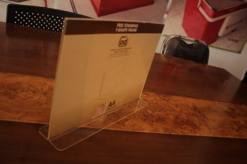 DISPLAY BROSUR free-standing-t-shape-frame-A4-lanscap (1)