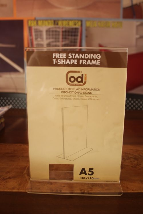 JUAL DISPLAY BROSUR ACRYLIC free-standing-t-shape-frame-A5 (1)