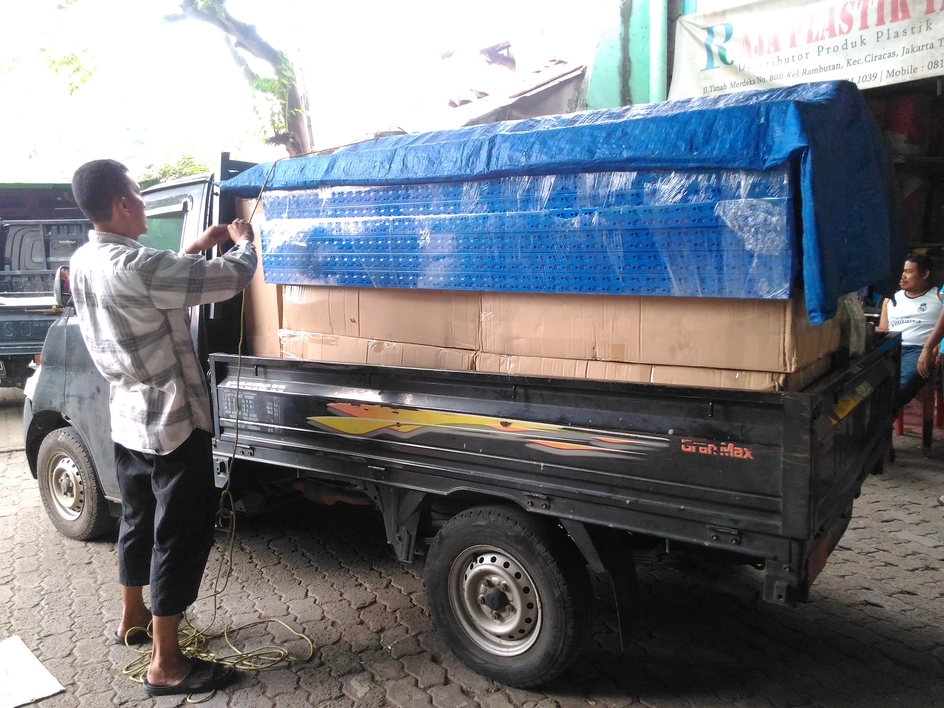 Pengiriman Rak Gudang Light Duty RR-36 ke Bengkulu